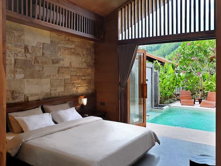 Batatu Villa (Superior Villa with Private Pool)