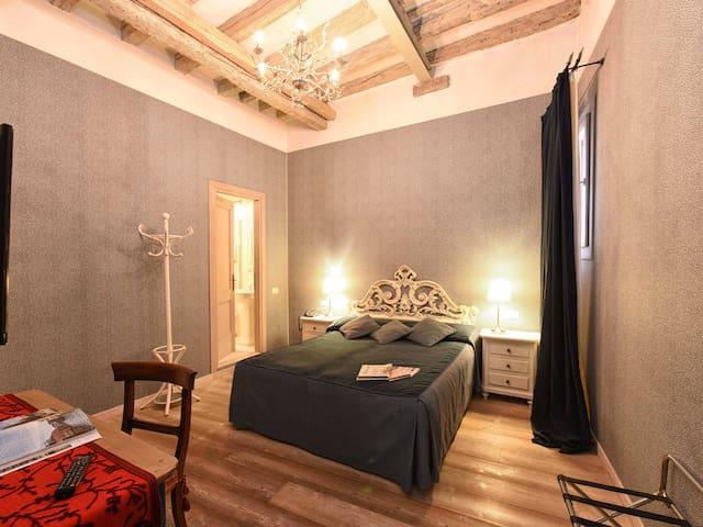 camera de luxe de luxe room