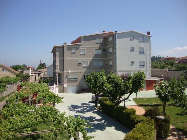 Apartamentos O TELLEIRO