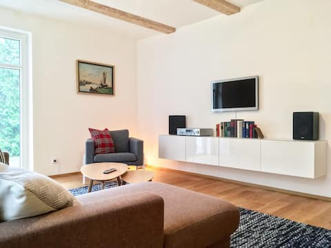 Moderne Wohnung im altem Gutshaus