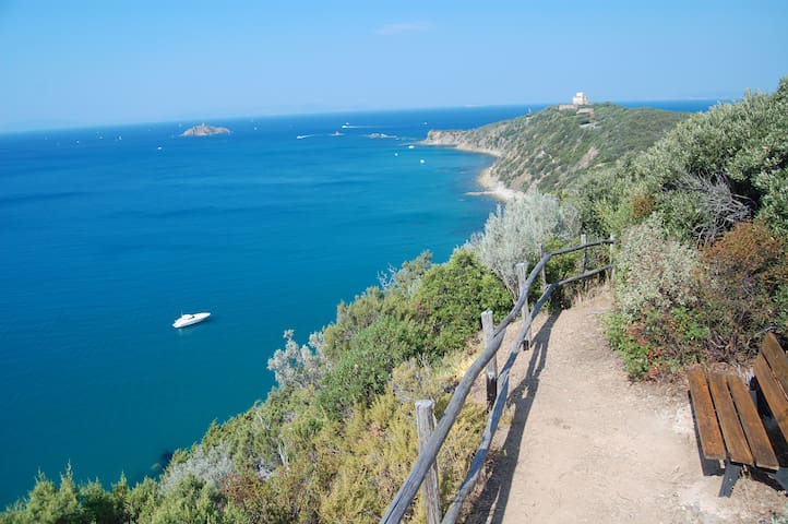 Tuscany sea apartment in Punta Ala with 3 bedrooms