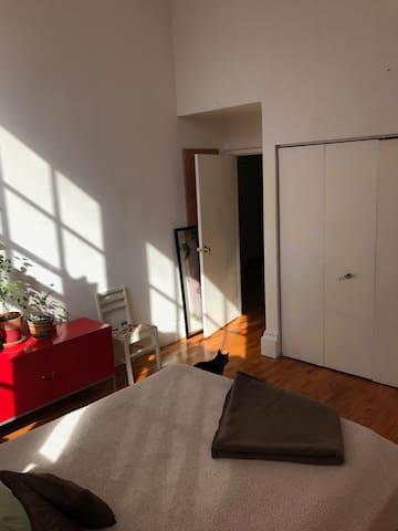 guest room rental
