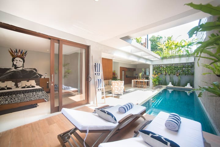 Modern 2BR Villa in Prime Location *SPECIAL OFFER*