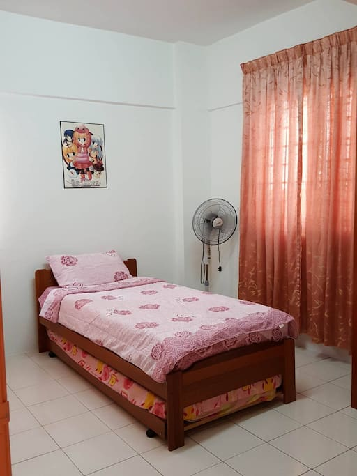 Third room without AC, only fan