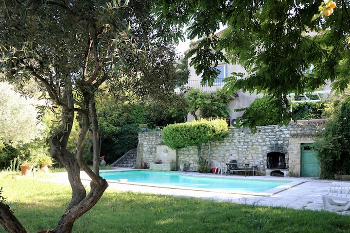 Guest House in Villa with Swimming Pool