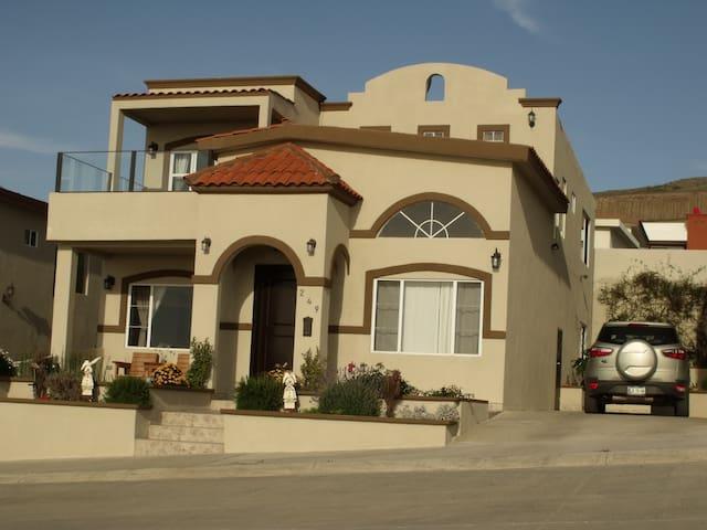 Habitación en casa con vista al mar - Ensenada - Rumah