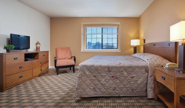 Clear Lake, CA - Entire 1 Bedroom Condo