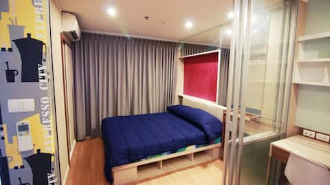 Studio Near Mega Bangna + Airport Room#1