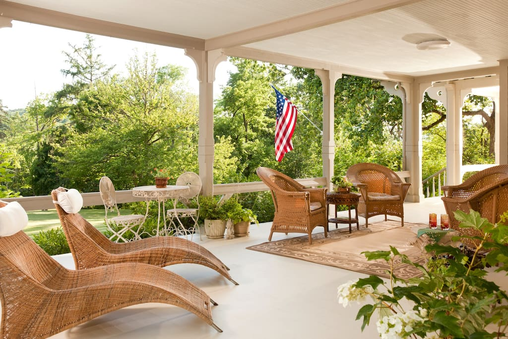 Relaxing wrap around front porch with views