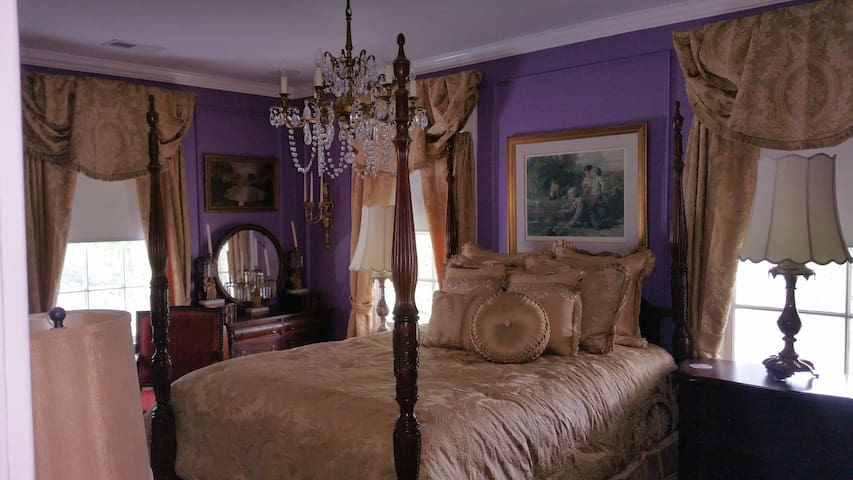 Lange Bedroom - Gastonia - Bed & Breakfast