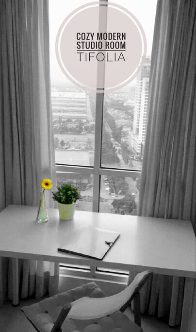 City view from working desk. Beautiful & relaxing view :)