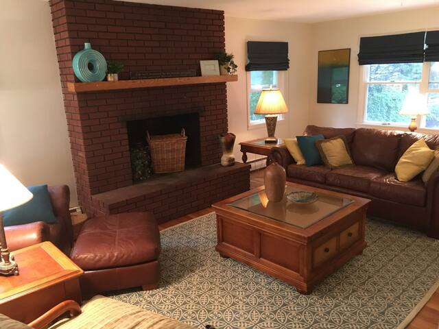 Anna House - Spacious, comfy home near campus - Boalsburg - Ev