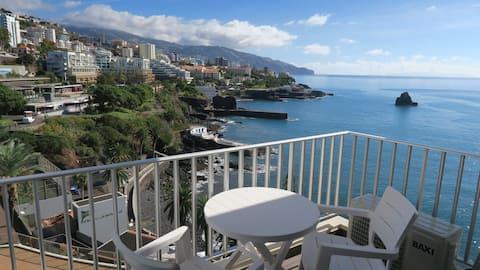 Apartment Ocean Panorama: Spektakuläre Aussicht & Pool