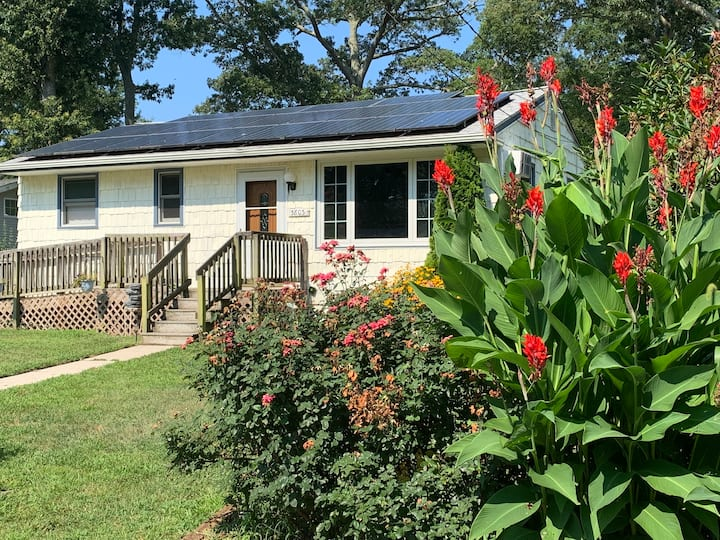 Villas Bayside Cottage (great for kids and pets)