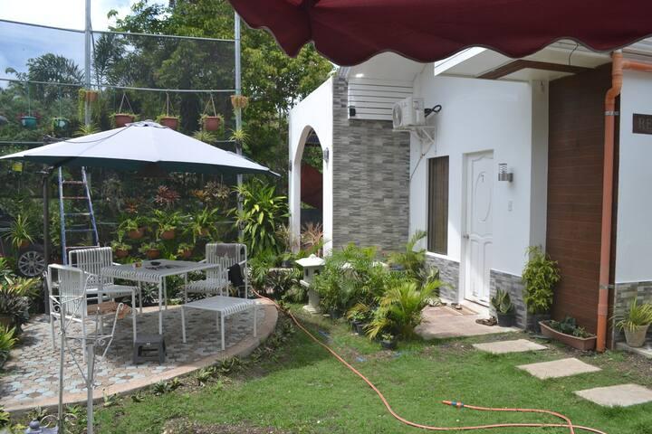 Darius' Residences Rooms for rent