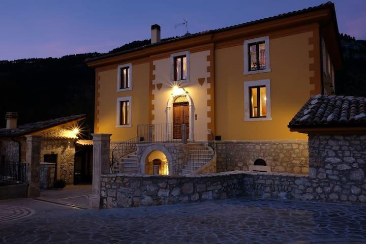 CASALE ALBERICO casa vacanze - Caramanico Terme - Departamento