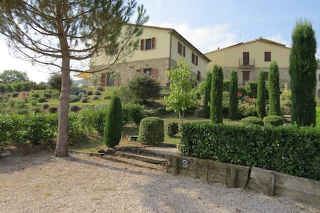 Luxurious Country Borgo Catolli - 2 Private Pools - Umbertide