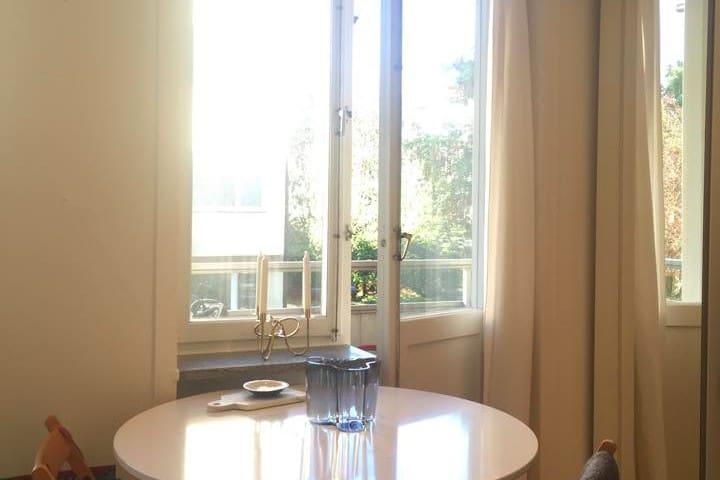 Bright apt. with balcony on Gärdet/Östermalm - Stockholm - Apartment