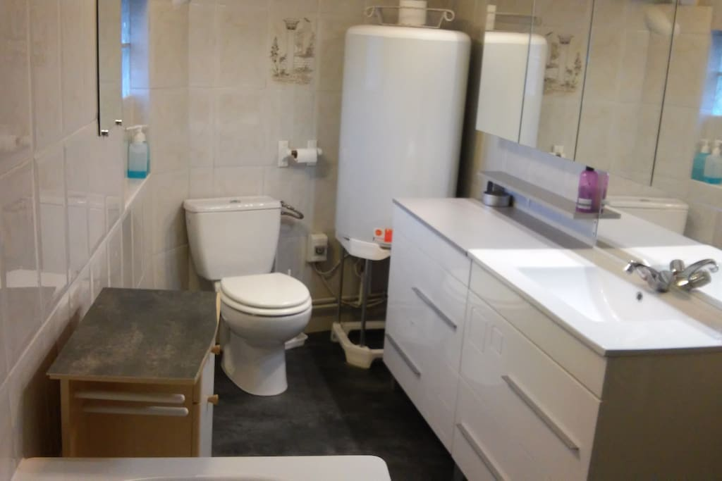 Salle de Bain WC baignoire
