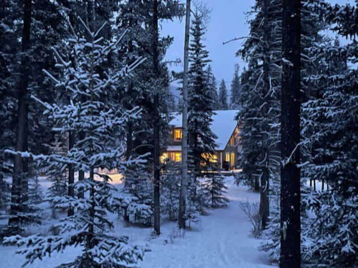 Nordegg Backcountry Cottage