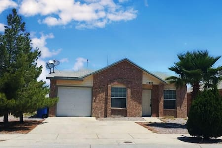 East El Paso Beautiful Home with Patio!