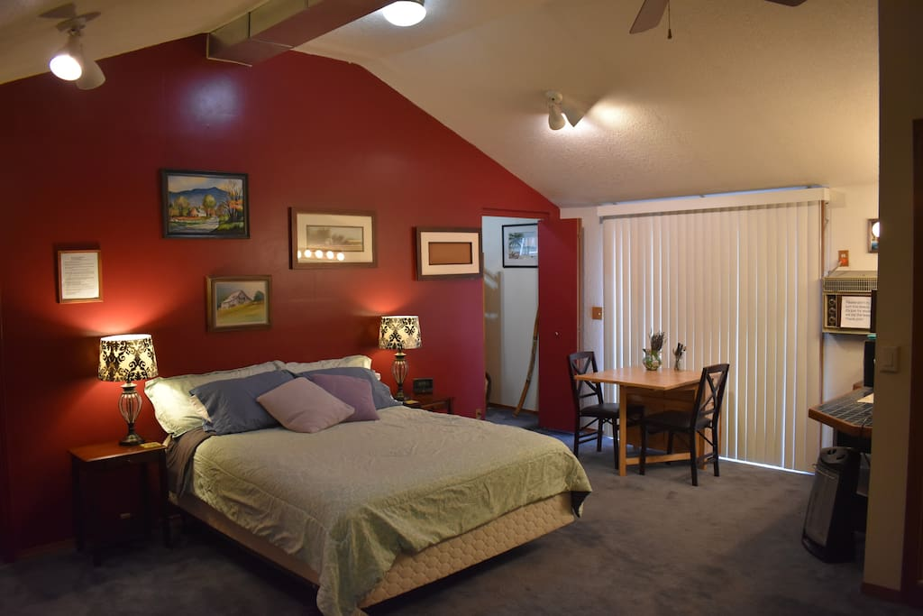 Well lit and vaulted ceilings