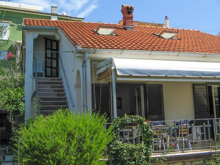 Apartment Zvone A1(4) Supetarska Draga, Island Rab