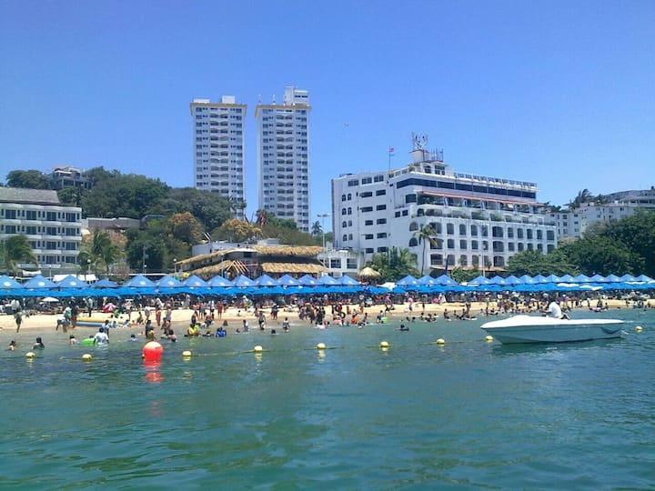Departamento en Acapulco Caleta con vista al mar