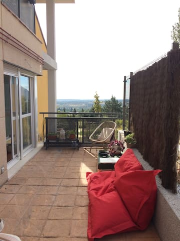 Bonita casa en la montaña