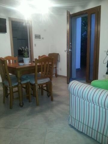 Appartamento 2 camere fino 6 posti lettoARGENTARIO - Albinia - อพาร์ทเมนท์