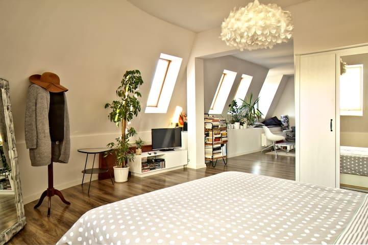 Komfortowe mieszkanie blisko centrum