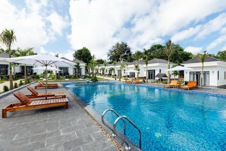 Xuan Hien-Sea Pearl Resort @ Deluxe Twin Pool View