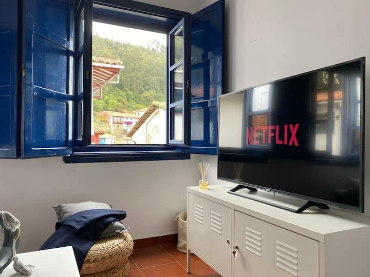 Centro de Tazones con vistas al mar. Wifi&Netflix