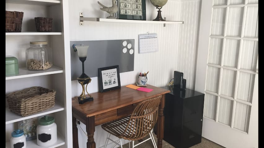 Cozy Stay In Town! - Glen Rose - House