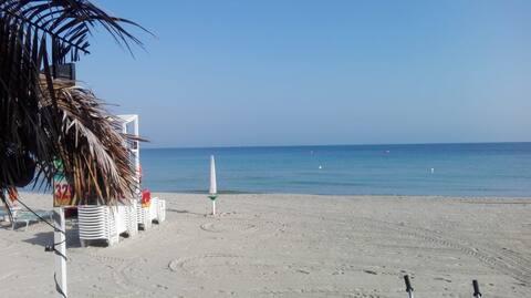La Casetta in via delle Pesche, il relax sul mare.
