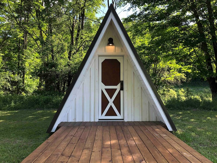 Tiny Glamping A-Frame at JuneBug Lodge - Ancona