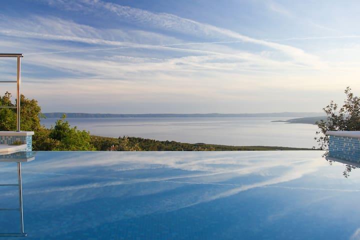Stunning Villa Dado w/ infinity pool & sea view - Bast - Villa
