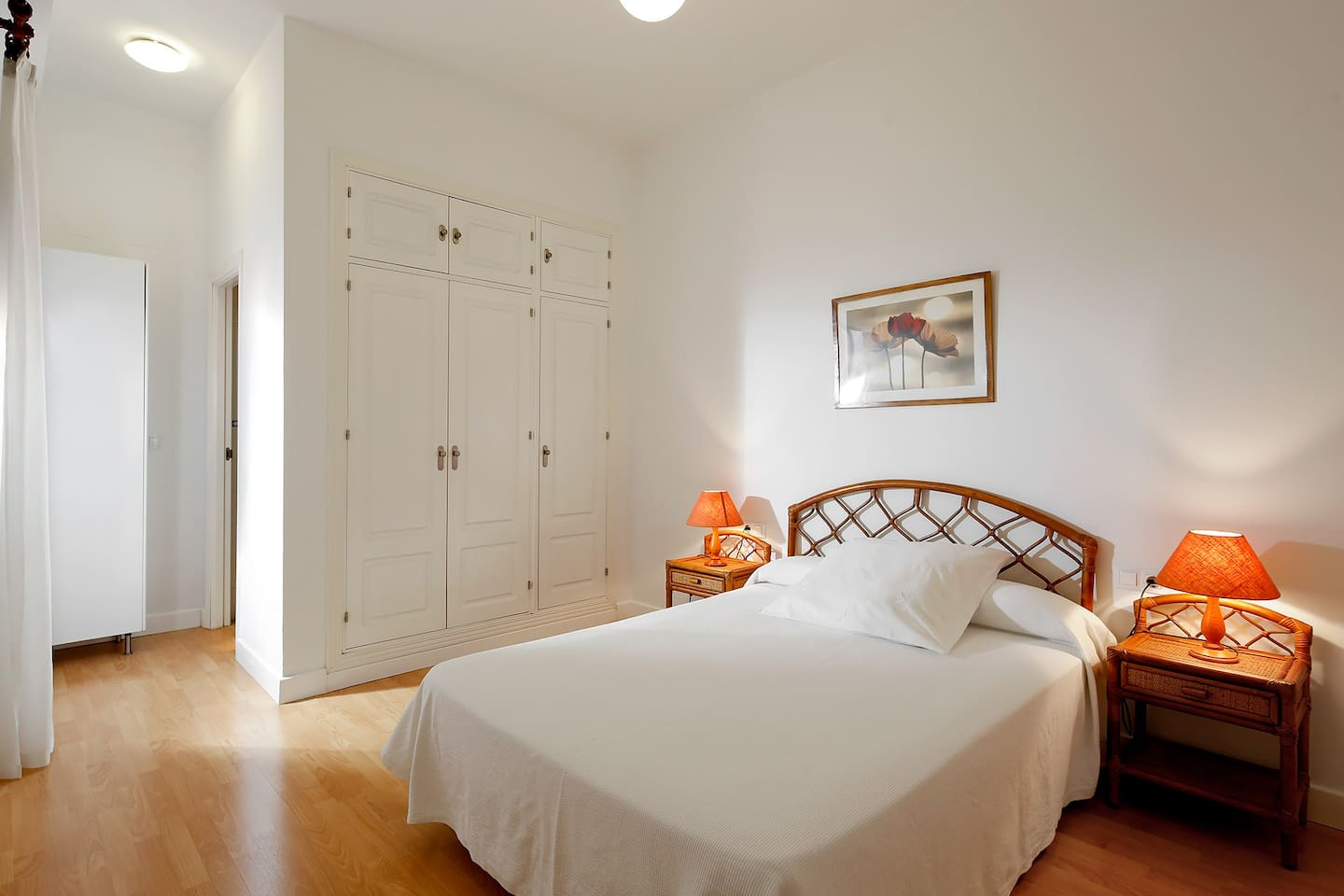 One bedroom apartment for 2-3 guests.
