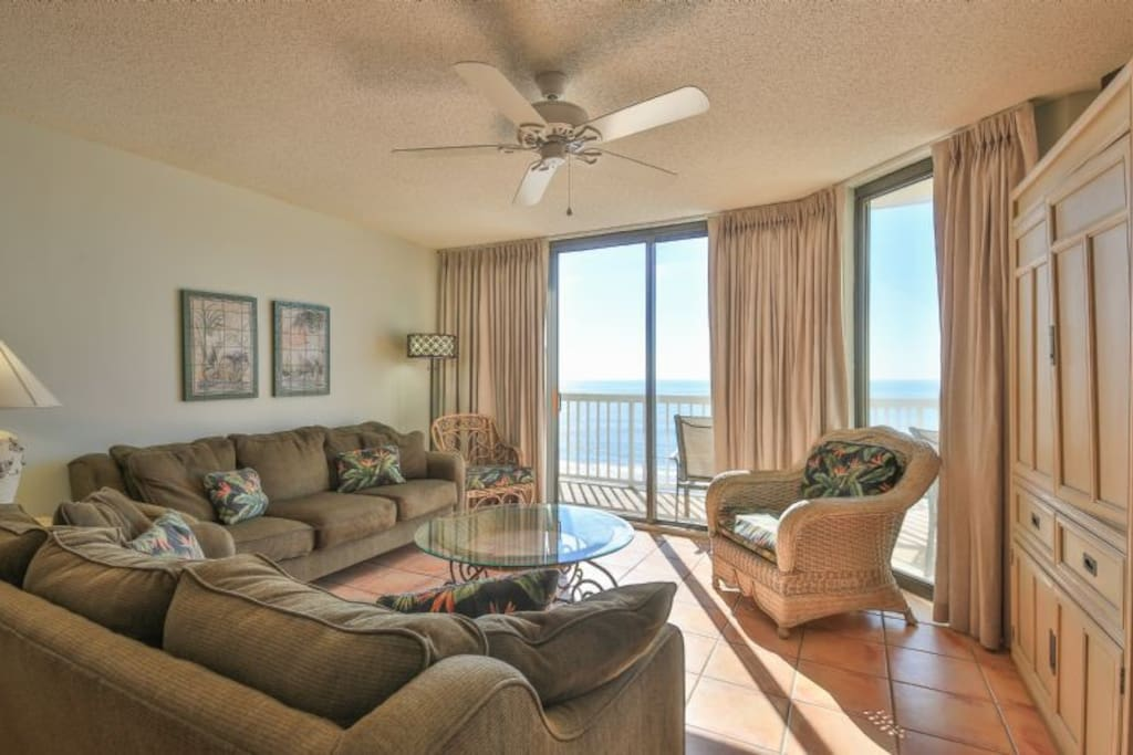 Oceanfront Living Room - Great views!