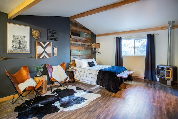 The Studio in Big Bear Luxury Suite