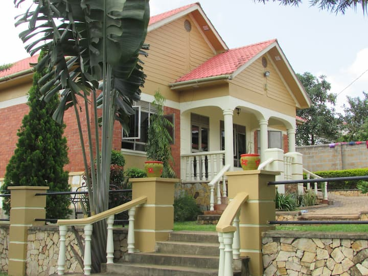 Namugongo Holiday  Home