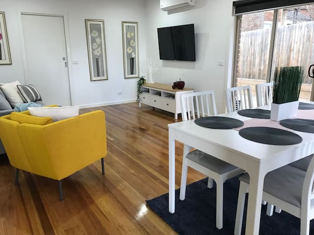 Bacchus Marsh Villa. Unit 1