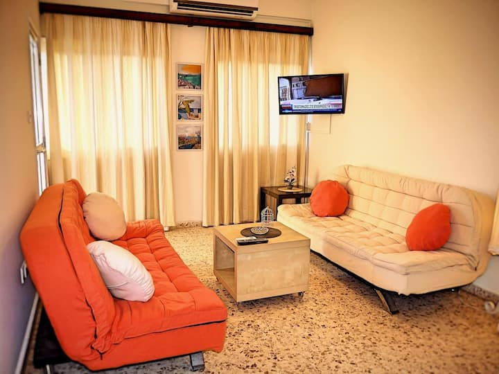 Holiday Apartment w/Swimming pool☆Central Area