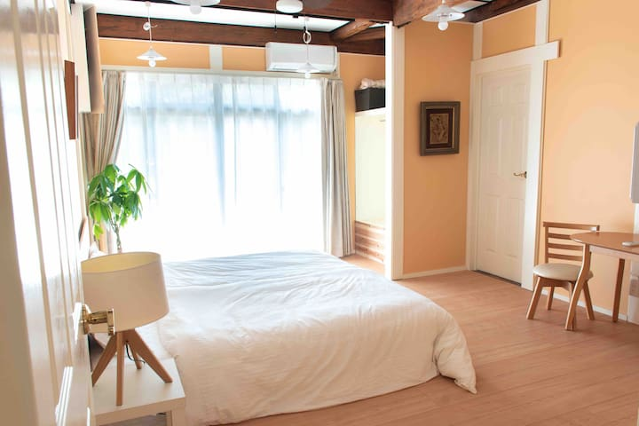 Renovated home. 3km from okayama stn. 4-9 guest.
