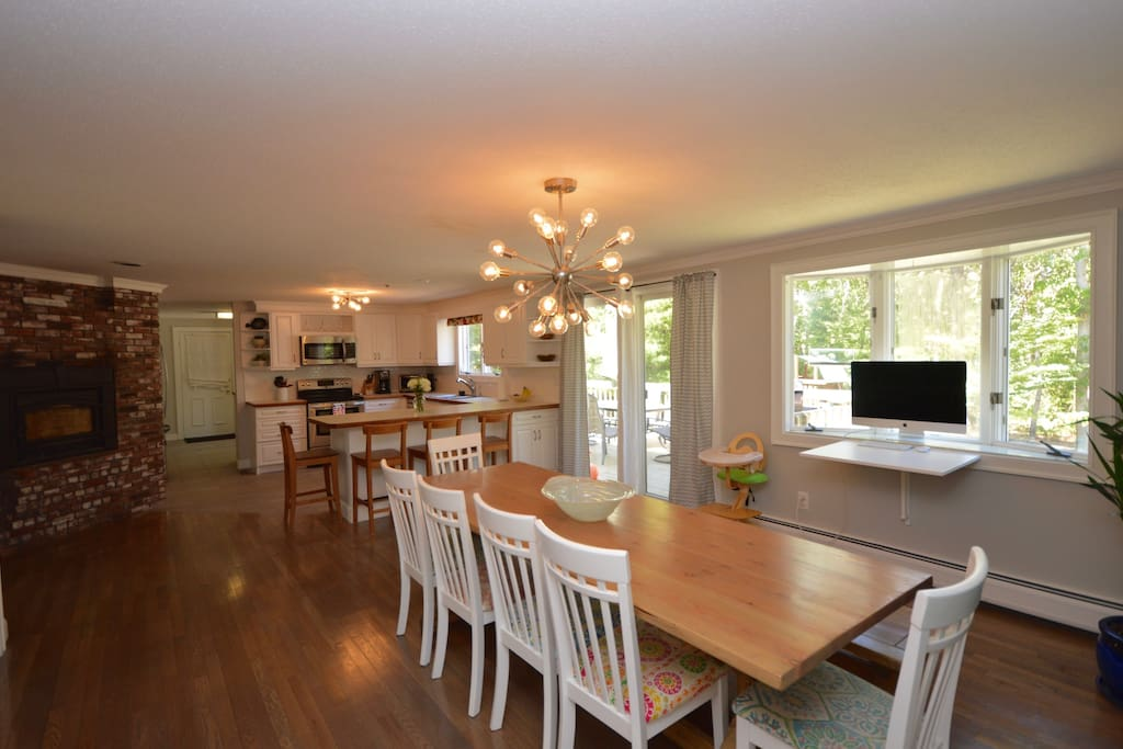 Open Kitchen/ dining