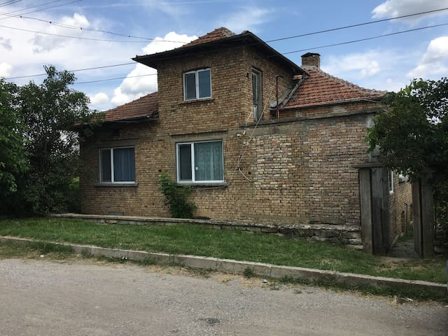 Village House for Rent in Slavyanovo, Bulgaria