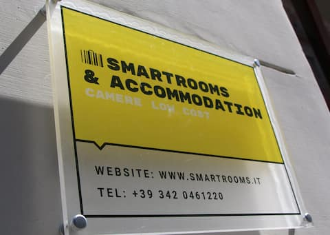 Smart Rooms B&B, single room