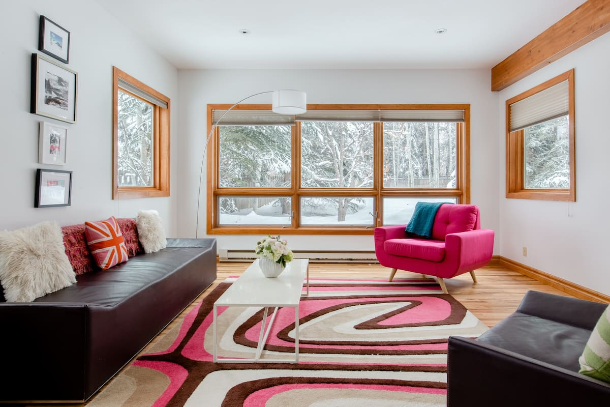 Mid-Century Modern, Convenient for Slopes