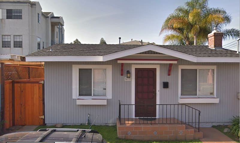 Craftsman home in Hillcrest for 3 to 6 month lease