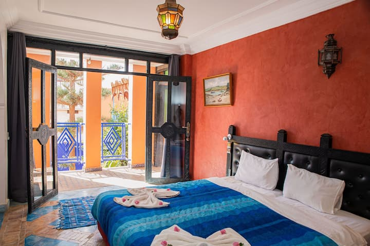 Cosy triple room at Riad Imourane Tamraght